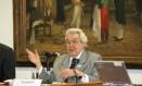 Paulo Brossard, respeitado jurista e quadro histórico do MDB Foto: Roberto Stuckert Filho / Agência O Globo