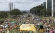 Manifestantes na Esplanada dos Ministérios