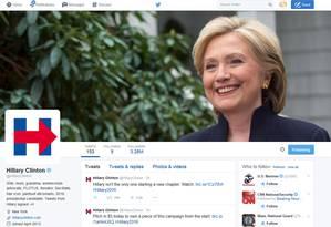 A campanha de Hillary Clinton vai apostar muitas fichas nas redes sociais, como a página dela no Twitter Foto: REUTERS