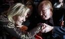 Marine Le Pen e Jean-Marie Le Pen em 2012: extrema-direita em choque interno Foto: PASCAL ROSSIGNOL / REUTERS