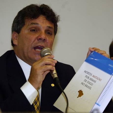 O deputado Alberto Fraga (DEM-DF) Foto: Márcia Foletto/19-09-2005