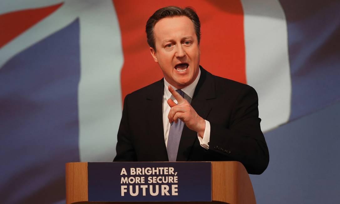 Primeiro-ministro britânico, David Cameron, durante lançamento do manifesto do Partido Conservador, em Swindon. Entre os projetos da nova gestão está a busca de um novo recorde olímpico nos Jogos do Rio de Janeiro, em 2016 Foto: Peter Macdiarmid / AP