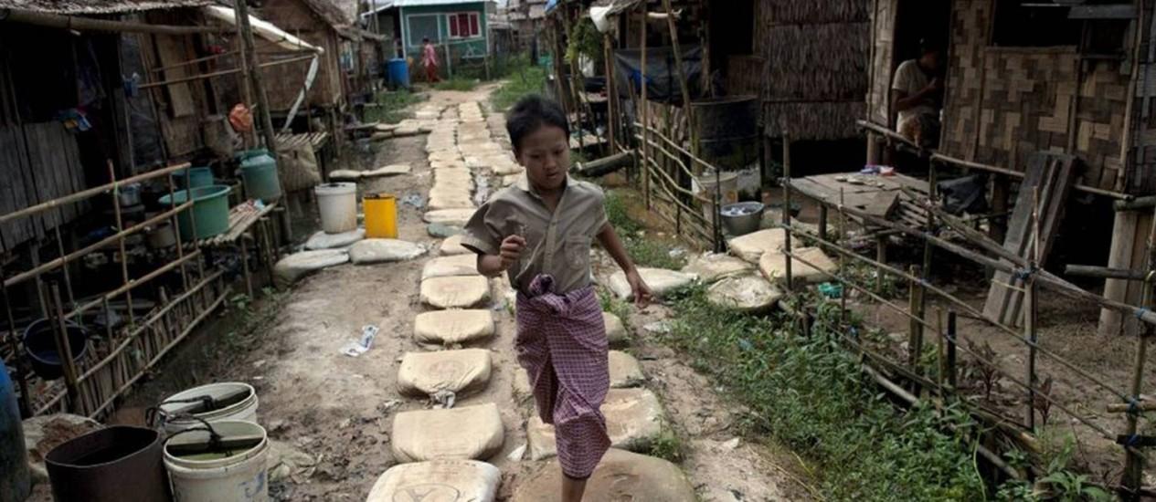 Monastério budista em Rangum é alternativa para famílias deslocadas Foto: The Independent