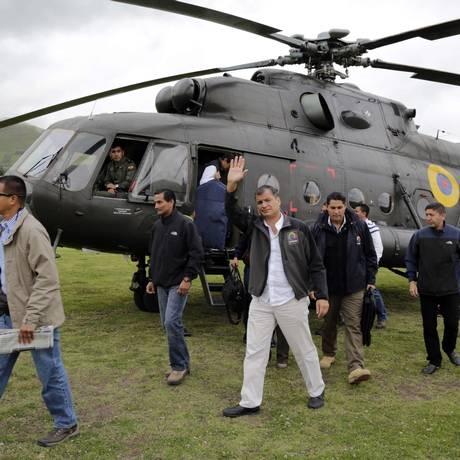Correa chega a Cangahua, no Equador: agenda alterada após ameaça Foto: AFP
