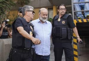 Tesoureiro do PT, João Vaccari Neto, chega à Polícia Federal em Curitiba Foto: Rafael Forte