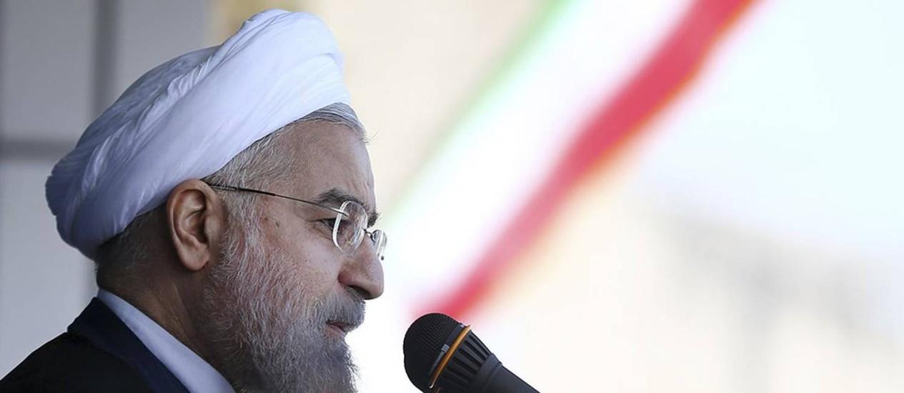 Hassan Rouhani. Presidente iraniano exigiu que sanções contra o país sejam suspensas antes que acordo final sobre o program nuclear seja assinado Foto: Mohammad Berno / AP
