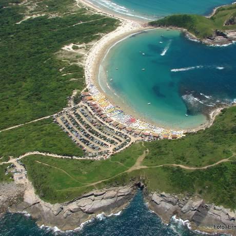 Outra vista da Praia das Conchas Foto: Divulgação/Ernesto Galiotto