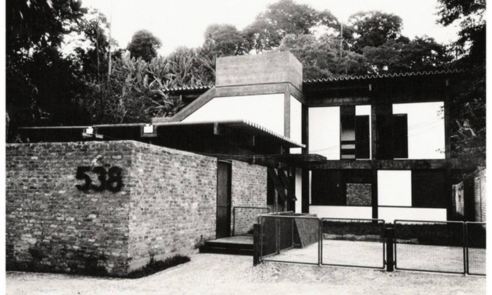 O projeto da casa de Arthur Candal, feito por Carlos Porto, ganhou um prêmio do IAB na década de 1970 Foto: Reprodução Internet