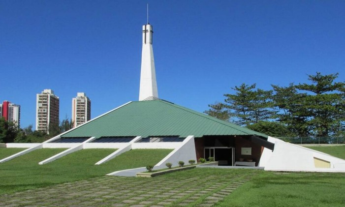 Prédio da Union Church of Rio de Janeiro, na Barra Foto: Reprodução Facebook
