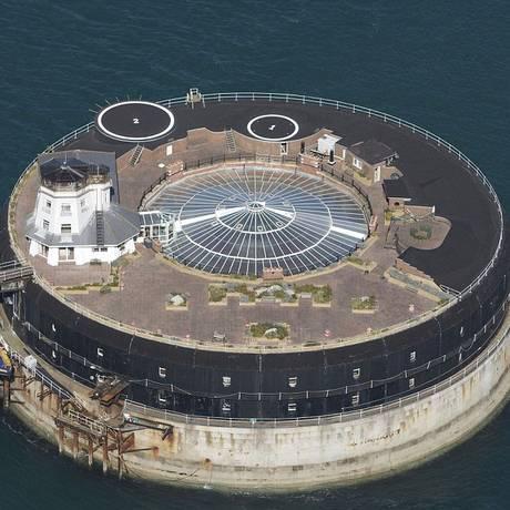 Vista aérea do No Man's Fort, na Inglaterra, agora transformado em hotel de luxo Foto: Reprodução / AnnaKunstPhotography/BNPS