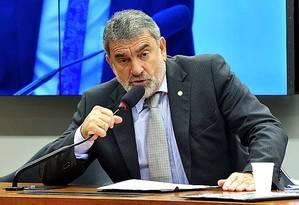 Laerte Bessa (PR-DF), ex-delegado de polícia, é o relator da PEC que reduz a maioridade penal Foto: Agência Câmara