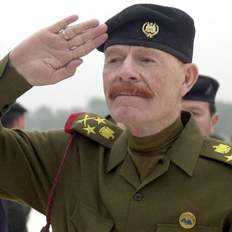 A-Douri, na época em que era vice-presidente do Conselho do Comando Revolucionário: no combate mesmo após a queda de Saddam Foto: Jassim Mohammed / AP/1-12-2002