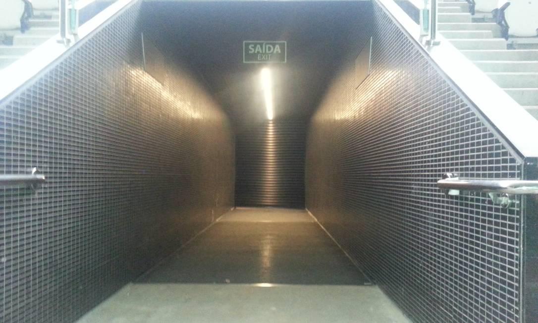 Saída de torcedores fechada no 9º andar da Arena Corinthians Lauro Neto / O Globo