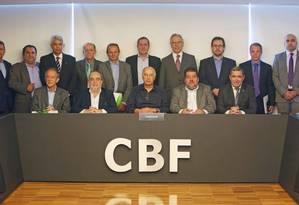 Com Marco Polo Del Nero ao centro, nova diretoria da CBF faz sua primeira reunião nesta sexta, 17/04/2015 Foto: Divulgação