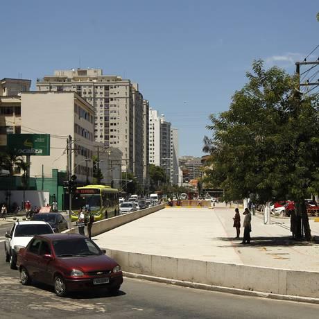 O espaço sobre o mergulhão da Avenida Marquê de Paraná, ainda sem uso Foto: Agência O Globo / Guilherme Leporace