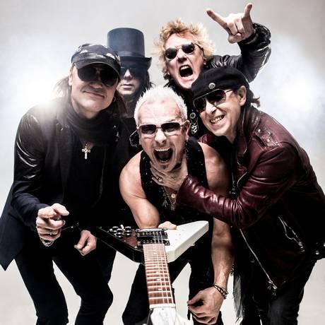 Meio século. Schenker (ao centro) e os Scorpions Foto: Divulgação / Oliver Rath