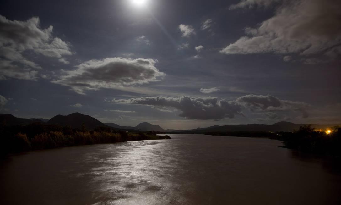 O Rio Doce nasce em Ressaquinha, na Mantiqueira, em Minas, percorre 853 quilômetros até encontrar o Oceano Atlântico em Regência, Espírito Santo Foto: / Márcia Foletto
