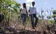 Cíntia e Josenilton percorrem a Bacia do Rio Grande em busca de nascentes