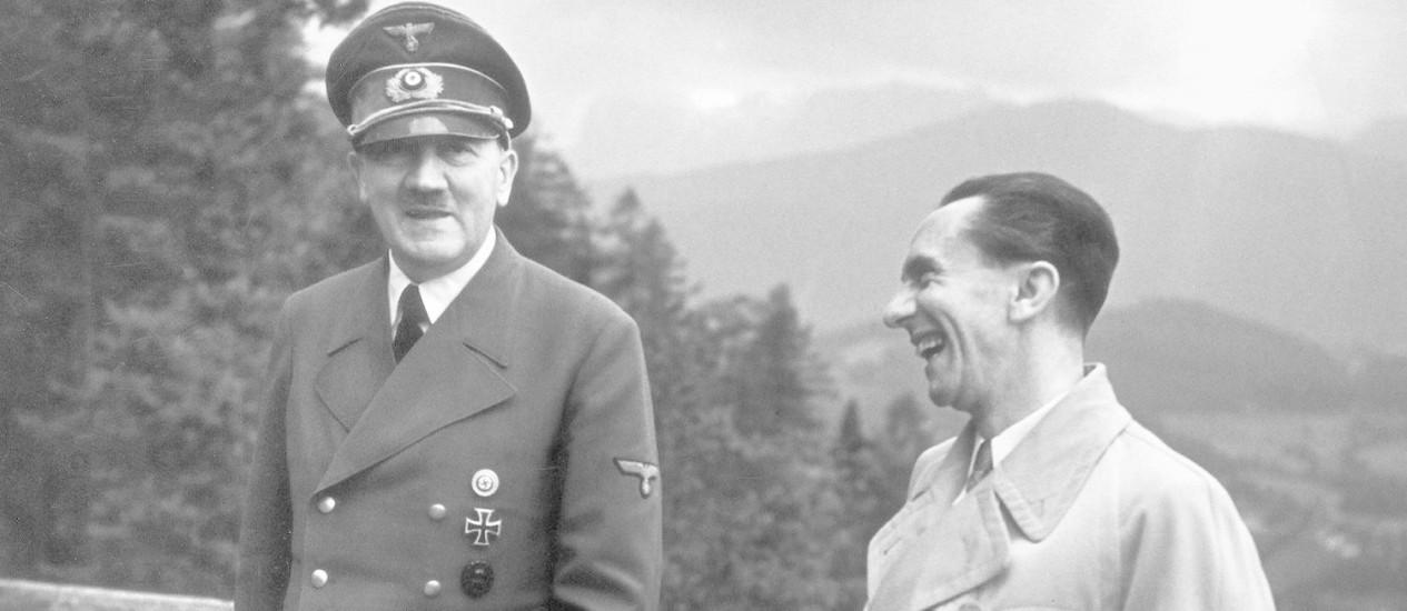 Hitler e seu ministro de Propaganda, Joseph Goebbels Foto: Reprodução