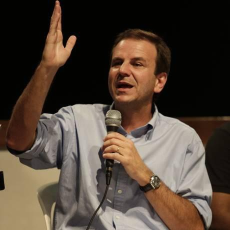 O prefeito Eduardo Paes Foto: Fábio Seixo / Agência O Globo