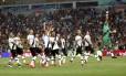 Jogadores do Vasco comemoram a classificação à final do Carioca