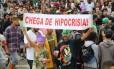 """Manifestantes na Marcha da Maconha: estudo mostrou """"população conservadora, mas que, ao mesmo tempo, admitia estar mal informada"""", diz socióloga"""