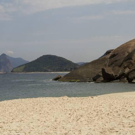 A Praia do Sossego, a pérola da Região Oceânica, será recuperada. Foto: Bia Guedes / Agência O Globo