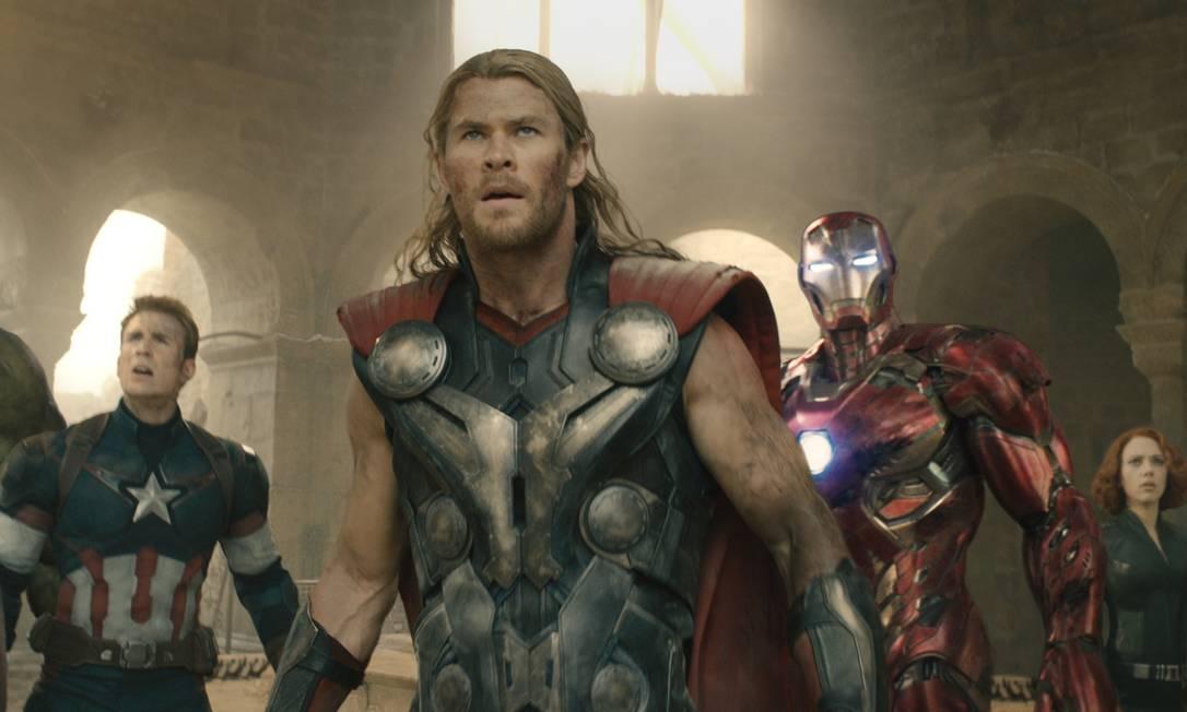 Hulk (Mark Ruffalo), Capitão América (Chris Evans), Thor (Chris Hemsworth), Homem de Ferro (Robert Downey Jr.), Viúva Negra (Scarlett Johansson) e Gavião Arqueiro (Jeremy Renner): os Vingadores Divulgação