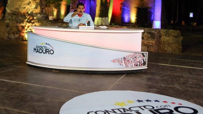 """Maduro durante o programa semanal de TV: """"Estou tendo a maior paciência do mundo com o governo bandido de Rajoy"""" Foto: - / AFP"""