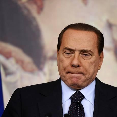 Primeiro-ministro Silvio Berlusconi foi casado com a ex-atriz Veronica Lario por 22 anos Foto: FILIPPO MONTEFORTE / AFP