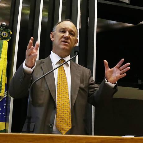 O ministro da Secretaria de Direitos Humanos, Pepe Vargas Foto: Ailton de Freitas / Agência O Globo - 22/04/2015