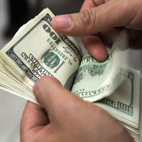 Notas de dólar Foto: Susana Gonzalez/Bloomberg News/9-7-2013