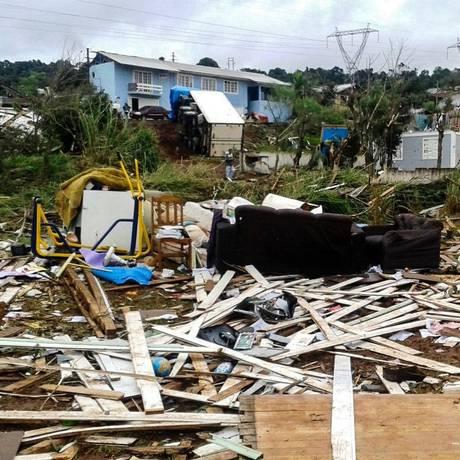 Tornado deixou destruiu casas no Bairro Taca, em Xanxerê Foto: Julio Cavalheiro/ Secom