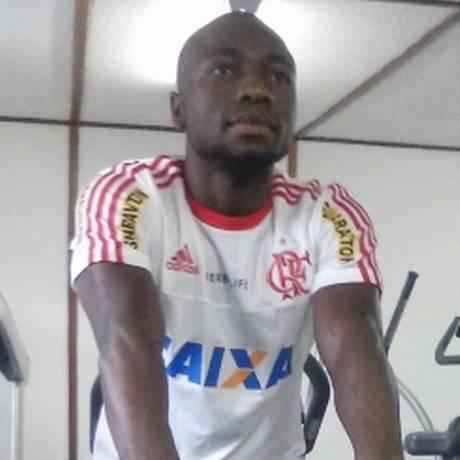 Armero faz exercícios na academia do Ninho do Urubu Foto: Divulgação/Flamengo