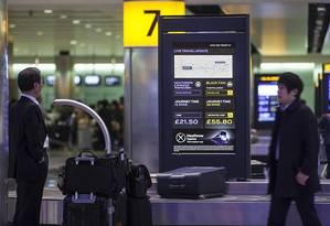 Telas com informações atualizadas em relação ao trânsito, transporte público e táxis Foto: Divulgação