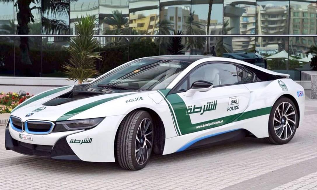 Polícia de Dubai aumenta sua frota de supercarros - Jornal ...