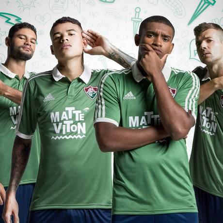 Gum, Kenedy, Marlon e Wagner apresentam novo terceiro uniforme do Fluminense Foto: Divulgação/Adidas
