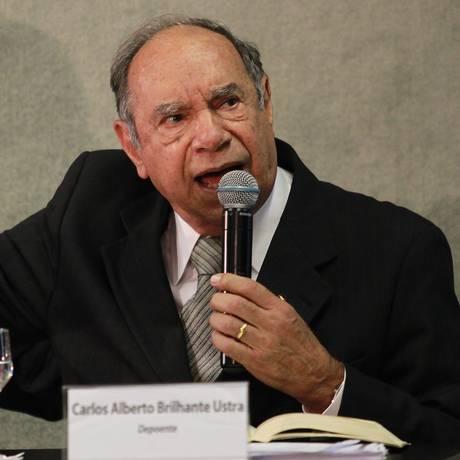 Coronel reformado Carlos Alberto Brilhante Ustra, durante depoimento à Comissão da Verdade Foto: Ailton de Freitas / Agência O Globo