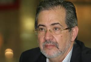 Miguel Henrique Otero. Diretor do