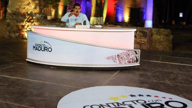 Maduro em seu programa de TV semanal: inflação e escassez de alimentos nos supermercados deixam população sem café da manhã Foto: AFP