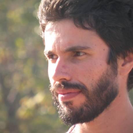 O professor de ioga Daniel Ribeiro, de 31 anos, viajou ao Nepal para trabalhar como voluntário em orfanato Foto: Reprodução de internet