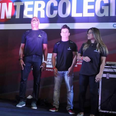 Inspiração. Anderson Silva, Caio Souza e Jade Barbosa marcam presença Foto: Ari Gomes