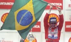 Ayrton Senna comemora vitória em Interlagos, em 24 de março de 1991: dias felizes Foto: Fernando Pereira / Agência O Globo