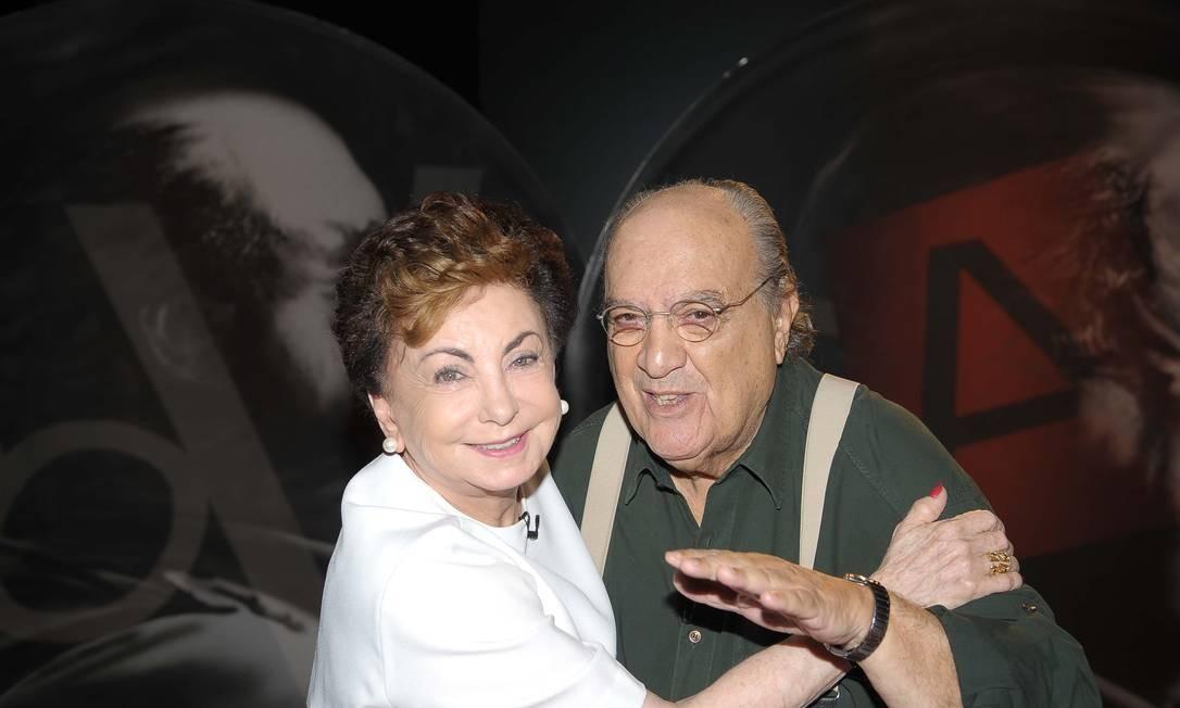 Com a atriz Beatriz Segall, no programa 'Provocações' Foto: Divulgação