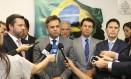 O senador Aécio Neves (PSDB-MG) durante reunião com líderes dos partidos da oposição Foto: Ailton de Freitas