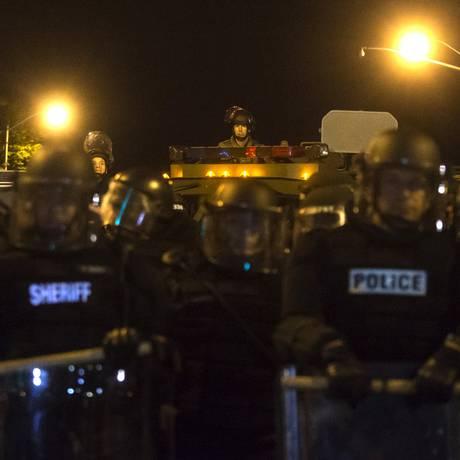 Polícia de distúrbios foi apenas uma das acionadas por Maryland Foto: ADREES LATIF / REUTERS