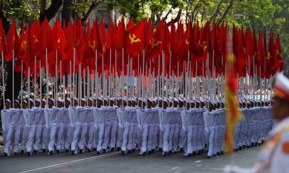Em comemoração aos 40 anos do fim da Guerra do Vietnã, foi realizada uma marcha nas ruas de Ho Chi Minh City, antiga Saigon Foto: HOANG DINH NAM / AFP