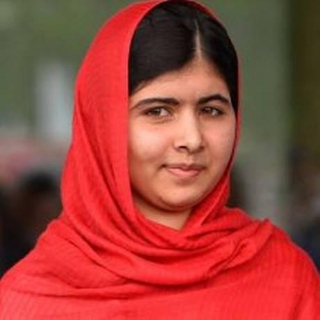 Malala foi baleada na cabeça por homens do Talibã em 2012 Foto: Paul Ellis / AFP