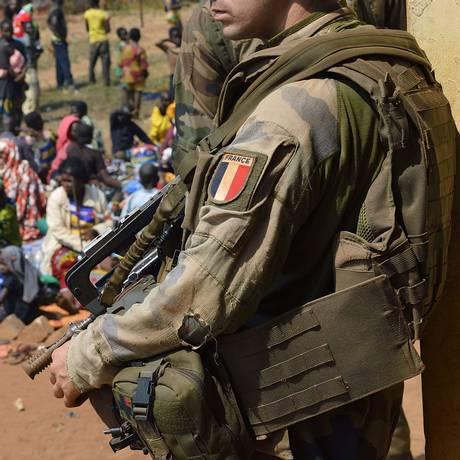 Soldados franceses na República Centro-Africana, em janeiro de 2014 Foto: ERIC FEFERBERG / AFP