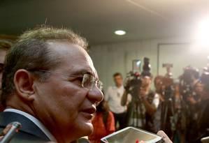 O presidente do Senado, Renan Calheiros, durante entrevista coletiva Foto: Ailton de Freitas / Agência O Globo